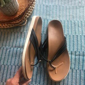 Vionic Thong flip flops sandals size 10